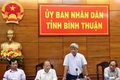 Tăng quan trắc khi nhận bùn ở biển Bình Thuận
