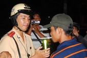 Dân hiến kế trị nạn chống đối CSGT