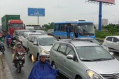Kẹt xe trên cao tốc, lan từ TP.HCM đến Đồng Nai