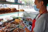 Bán bánh mì, trà đá: Phạt một lần, tởn đến già