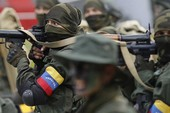 Venezuela dẹp nổi loạn, siết chặt quân đội