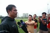 HLV Hữu Thắng: 'Quên những trận thắng dễ đi'