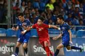 Khi bóng đá Thái Lan trở lại với 'ao làng'