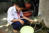 Hẻm không đường ống nước giữa Sài Gòn