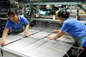 Lương hưu lao động nữ: Không sửa đổi sẽ gánh hậu quả