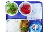 Suất ăn mới trên tàu hỏa có gì đặc biệt?