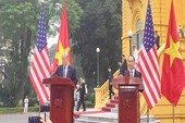 Chủ tịch Trần Đại Quang và Tổng thống Trump họp báo
