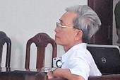 Nguyễn Khắc Thủy lãnh 3 năm tù tội dâm ô trẻ em
