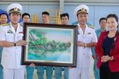 Chủ tịch QH Nguyễn Thị Kim Ngân thăm các đơnvị hải quân