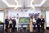 Hoa hậu Phạm Hương mong chấm dứt nạn buôn bán ngà voi
