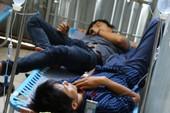 Hàng trăm công nhân nôn ói, đau bụng sau bữa ăn