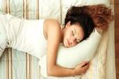 Tại sao ngủ nghiêng bên trái tốt cho sức khỏe?