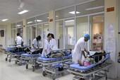 12 du khách Trung Quốc nhập viện sau khi ăn sáng