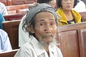 Đang xử phúc thẩm cụ ông 84 tuổi bị con đòi bỏ tù