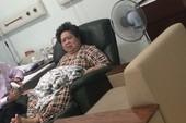 Bà Hứa Thị Phấn vào viện cấp cứu vì huyết áp cao