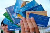 Mỗi thẻ ATM 'gánh' đến 25 loại phí là quá nhiều