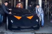 """""""Độ"""" xe hơi cũ trở thành Lamborghini"""