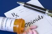 Bắt 56 bác sĩ gian lận thuốc men hàng triệu USD
