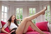 Ngắm siêu mẫu có đôi chân dài nhất thế giới