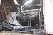 Hiện trường vụ cháy nhà xưởng khủng khiếp tại Hà Nội