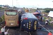 CSGT hướng dẫn phải làm gì khi có tai nạn liên hoàn?