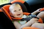 Ví trí ngồi an toàn cho trẻ nhỏ khi đi xe hơi