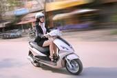 7 thói quen không tốt khiến xe máy hao xăng.