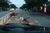 Chạy quá nhanh, tự gây tai nạn trước đầu ô tô