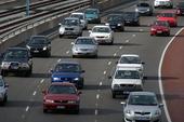 Giữ khoảng cách thế nào cho an toàn khi lái xe?