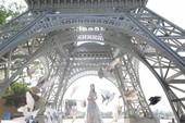 Dạo bước đại lộ ngôi sao, ngắm tháp Eiffel trên đất Bắc