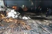 Cháy dữ dội ở Bình Dương, hai công nhân tử vong