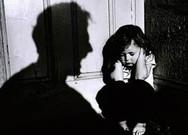 Nghi can khai nhận đánh vào miệng bé 4 tuổi dẫn đến tử vong