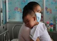 Cần chế tài xử lý người không đưa trẻ đi tiêm chủng?