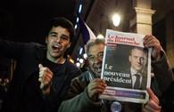 Dân Paris ăn mừng chiến thắng của Emmanuel Macron