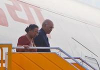 Tổng thống Ấn Độ cùng phu nhân đã tới TP Đà Nẵng