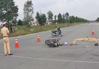 Hai người phụ nữ chết thảm dưới bánh xe ủi