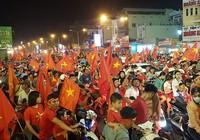 """Đồng Nai: Nhiều người 'chôn chân"""" trong đêm mừng ĐT Việt Nam"""