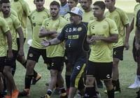 Maradona cứ về Mexico là… lung linh
