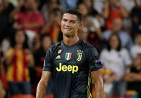 Vì sao Ronaldo khóc?