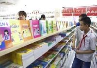 Xuất bản sách giáo khoa: Bộ Giáo dục 'bao thầu'
