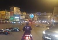 Kinh hoàng: Ôtô lao vào hàng loạt xe máy ở Hàng Xanh