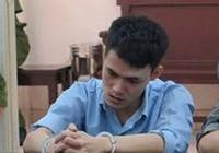 Bị cáo can tội giết người bất ngờ điên loạn tại pháp đình