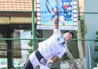 Lý Hoàng Nam 'sao chép' cách giao bóng của Djokovic
