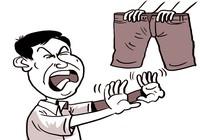 Thanh niên 25 tuổi sợ mặc quần