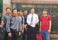 Viện cấp cao gặp luật sư vụ cưa gỗ khô