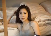 'Em gái mưa' Hương Tràm tung ảnh nóng bỏng tuổi 23