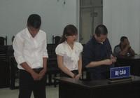 2 thanh niên đi tù vì giúp bạn gái lấy ví tiền của tình cũ