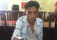2 người Lào mang theo dao chở hơn 10 kg ma túy