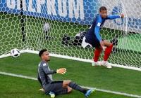 Mbappe lập kỷ lục là cầu thủ trẻ nhất ghi bàn cho tuyển Pháp