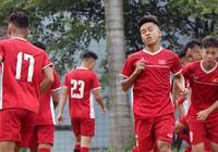 HLV Hoàng Anh Tuấn gạch tên hai cầu thủ trước giải châu Á